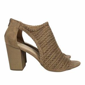 Fergie Henley Dress Sandal Sz. 10
